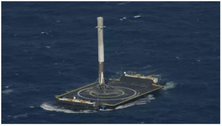 Prima aterizare Falcon 9 pe o platform marină